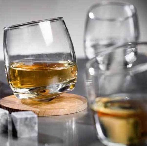 Whiskey glazen en Whiskey stones   Sagaform