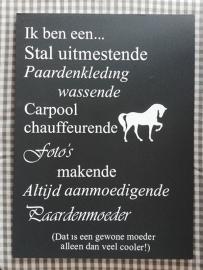 Tekstbord 'Paardenmoeder' taupe