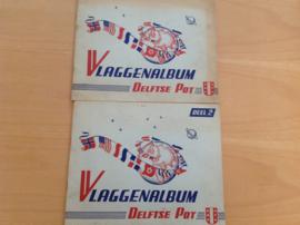 Set a 2x vlaggenalbums  Delftse Pot - R.J.J. Heirman