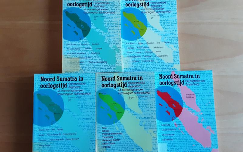 Pakket a 11x Noord Sumatra in oorlogstijd