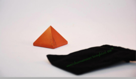 Jaspis Rood piramide