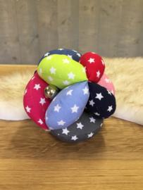 Stoffen bal allerlei kleuren met sterretjes