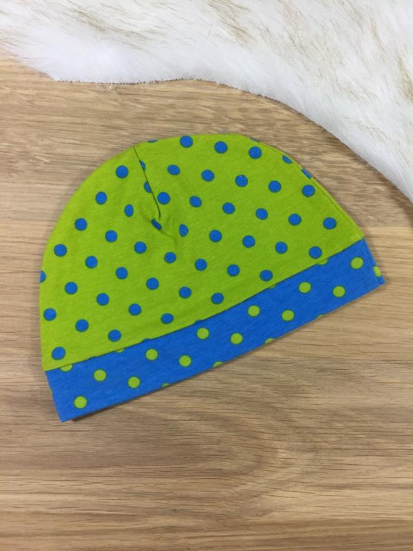 Babymutsje limegroen en turquoise
