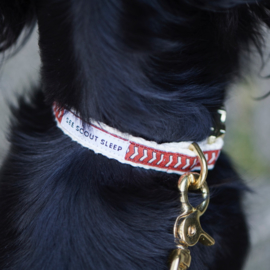 See Scout Sleep Halsband Chef l'Bark – Fire Red x Cream x Black