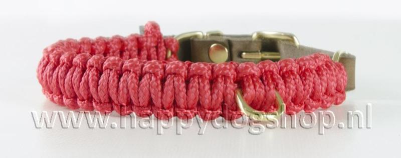 Molly & Stitch halsband Lipstick Maat M