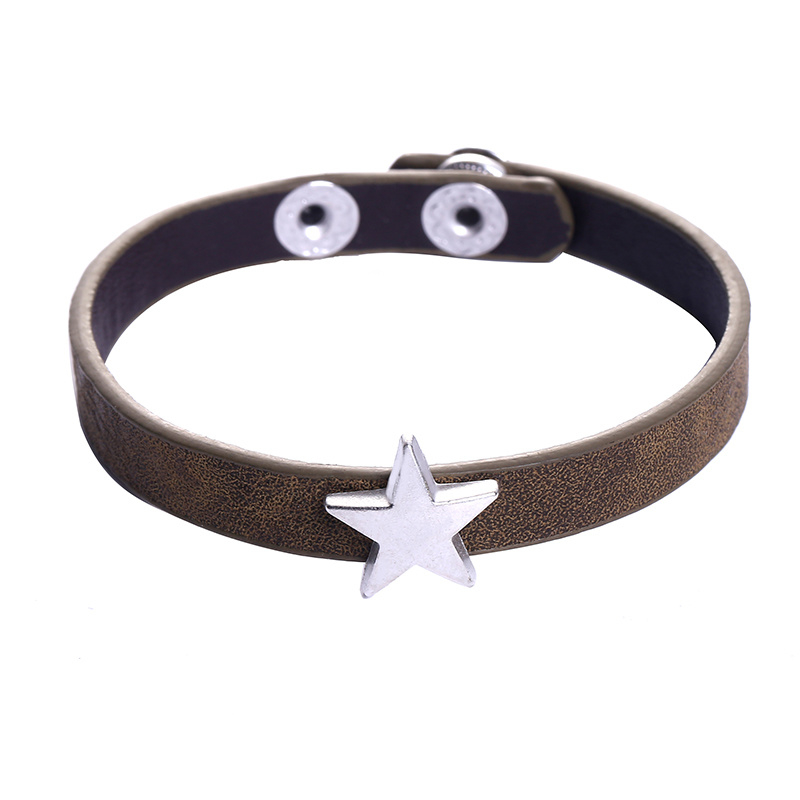 Leather lucky star olive