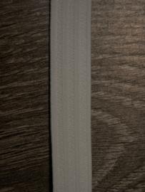 Prym boordelastiek 20mm gebroken wit.