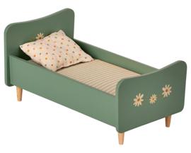 Maileg houten bed, Wooden Bed Mini - Groenblauw, 26 cm