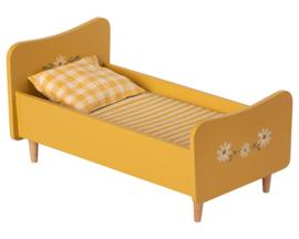 Maileg houten bed, Wooden Bed Mini - Geel, 26 cm