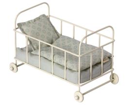 Maileg metalen babybed, metal baby cot Micro, Blue