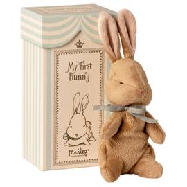 Maileg Knuffel konijn in doosje, My First Bunny, Blauw