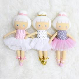 Alimrose Knuffelpop, Baby Ballerina Doll Gold Spot, 25 cm
