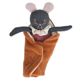 Moulin Roty kleine knuffel muis rosée, Après la pluie