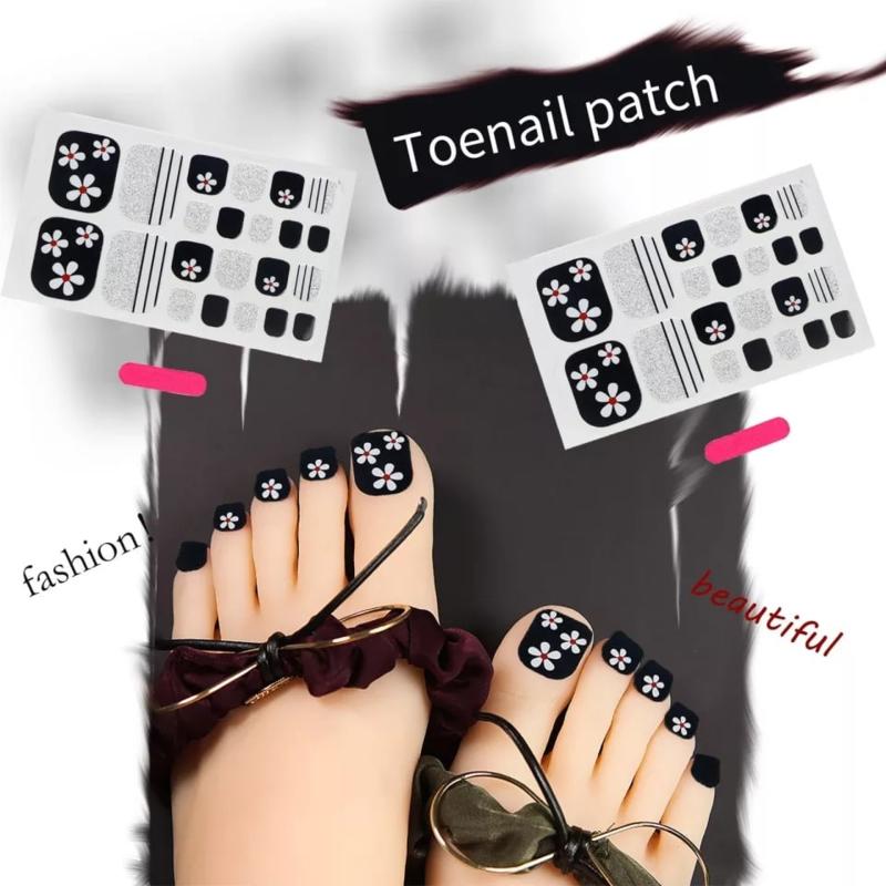 teen nagel stickers nailart zwart zilver met witte bloemen nagelsticker kalknagel verbergen