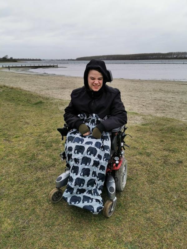 adult volwassen Voetenzak rolstoel beenwarmer scootmobiel beenzak Wheelchair Cosy Olifant adult volwassen