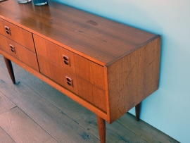 60's TV-meubel *VERKOCHT*