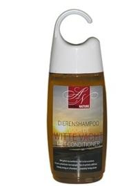 Animal Nature shampoo met conditioner voor de witte vacht