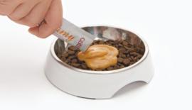 Catit Creamy Salmon - Smakelijke oplikbare kattensnack