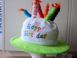 Verjaardagshoed met kaarsjes groen (DKW 014-179)