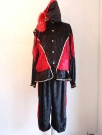 Zwarte piet met cape fluweel rood-zwart maat XXL (DKE 010-32)