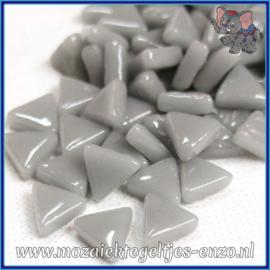 Glasmozaiek steentjes - Art Angles Normaal - 10 mm - Enkele Kleuren - per 50 gram - Mid Grey