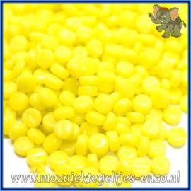Glasmozaiek Pixel steentjes - Darling Dotz Normaal - 0,8 cm - Enkele Kleuren - per 50 gram - Acid Yellow