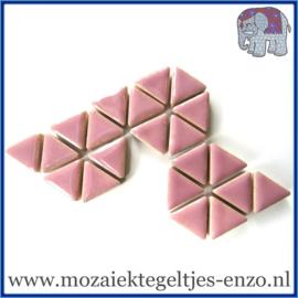 Keramische mozaiek steentjes - Triangles Driehoekjes Normaal - 15 mm - Enkele Kleuren - per 50 gram - Dusty Pink