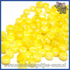Glasmozaiek Pixel steentjes - Darling Dotz Parelmoer - 0,8 cm - Enkele Kleuren - per 50 gram - Acid Yellow