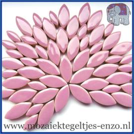 Keramische mozaiek steentjes - Petals Bloemblaadjes Normaal - 14 en 21 mm - Enkele Kleuren - per 50 gram - Lilac