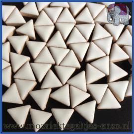 Keramische mozaiek steentjes - Triangles Driehoekjes Normaal - 15 mm - Enkele Kleuren - per 50 gram - White