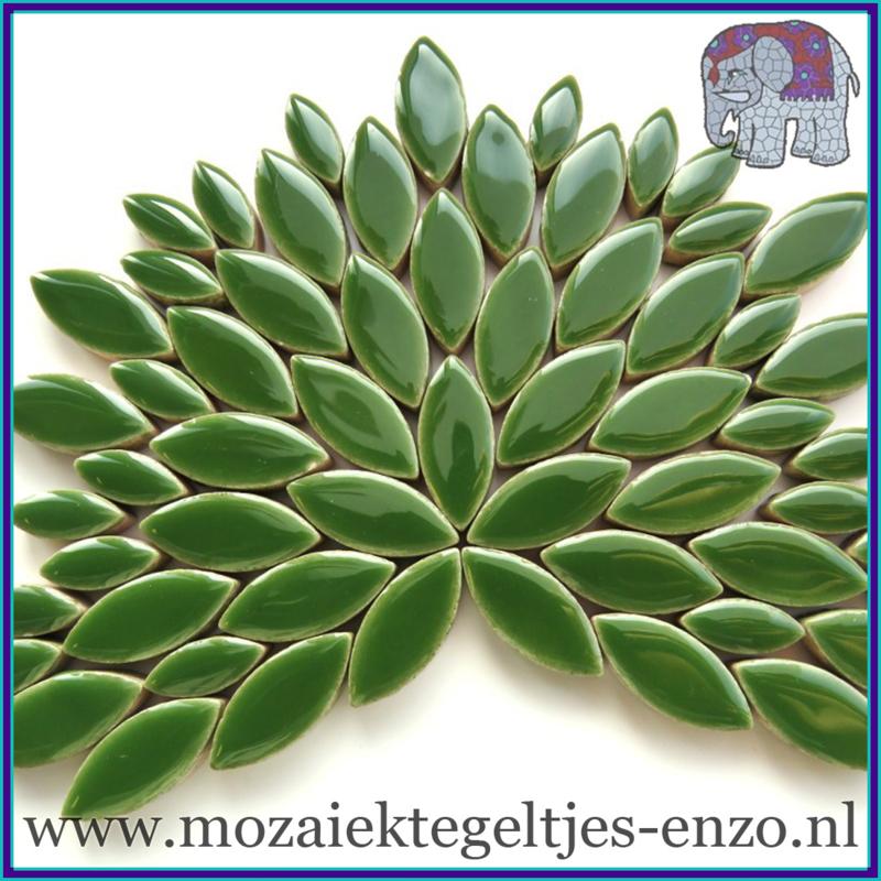 Keramische mozaiek steentjes - Petals Bloemblaadjes Normaal - 14 en 21 mm - Enkele Kleuren - per 50 gram - Eucalyptus