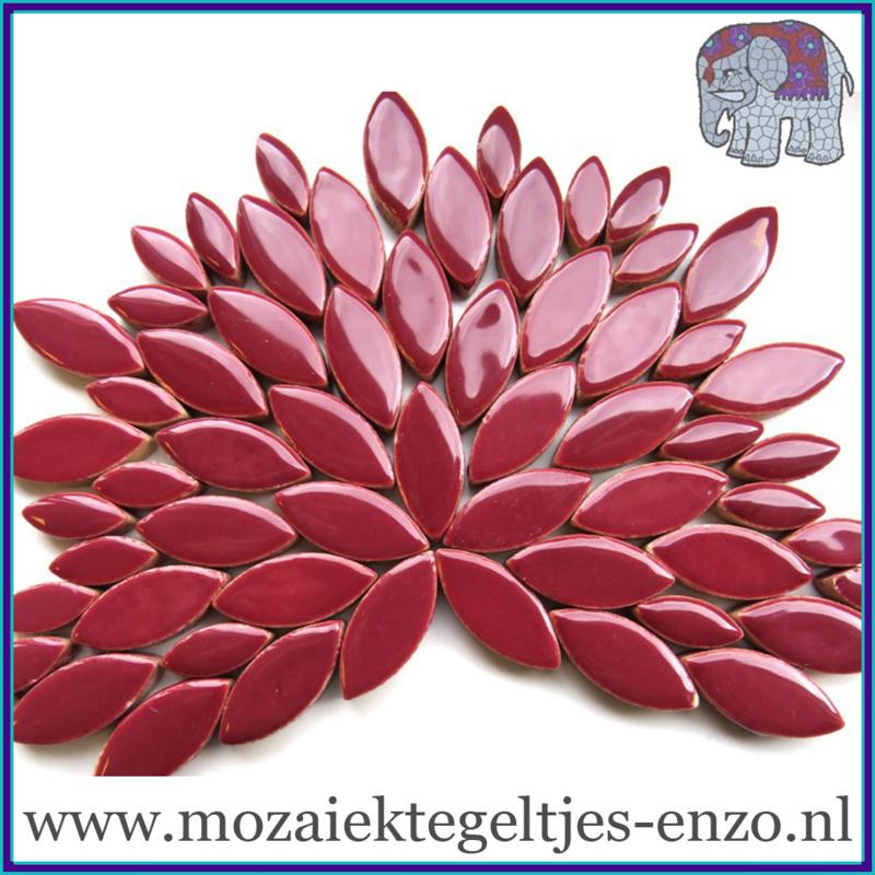 Keramische mozaiek steentjes - Petals Bloemblaadjes Normaal - 14 en 21 mm - Enkele Kleuren - per 50 gram - Merlot