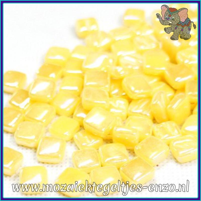 Glasmozaiek Pixel steentjes - Ottoman Parelmoer - 0,8 x 0,8 cm - Enkele Kleuren - per 50 gram - Corn Yellow