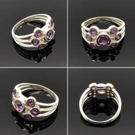 925.000 zilveren ring met 7 facet geslepen Amethyst edelstenen, maat 18/56