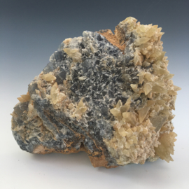 Prachtige blauwe fluoriet cluster uit Afghanistan