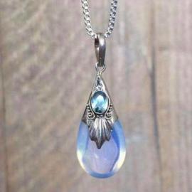 Opaline met facet geslepen aquamarijn hanger, 925 zilver
