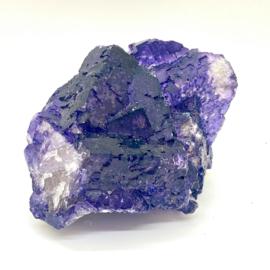 Fluoriet paars kristal, 363 gram