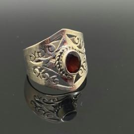 Granaat ring, 17,5 mm/55, 925 zilver