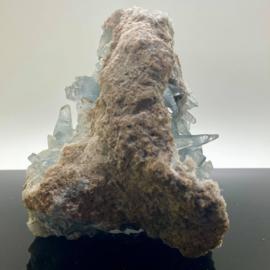 Celestien cluster 2585 gram, grote punten