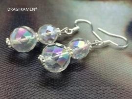 Facet geslepen Angel aura oorbellen aan 925 zilveren oorhaak.