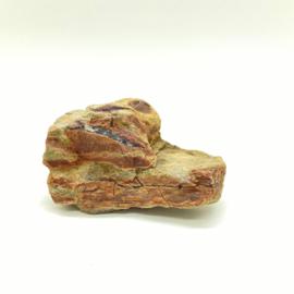 Versteend hout met kristallen, 87 gram