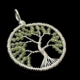Tree of life hanger met facet geslepen Peridoot, 925 zilver