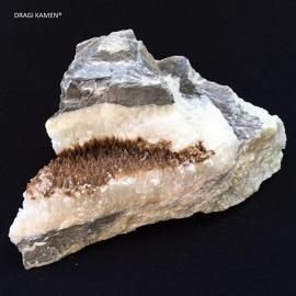 Calciet ruw stuk uit de Vallei van de Bosnische Piramides Visoko, 2987 gram.