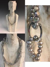Handgemaakt collier, zoetwater parels