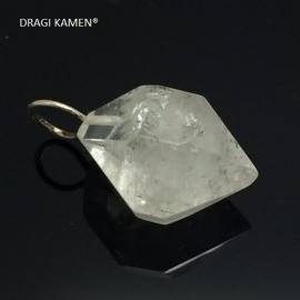 Dubbeleinder diamant kwarts hanger met zilveren hangoog.