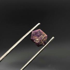 Robijn ruw kristal 14 ct.