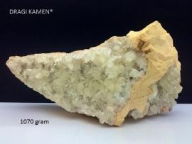 Witte Calciet geode, 1070 gram.