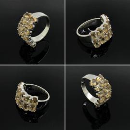 Zilveren ring met 5 facet geslepen Citrien, maat 18,5 / 58