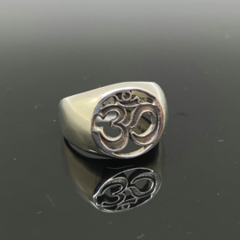 OM/AUM ring, 17 mm/53, 925 zilver