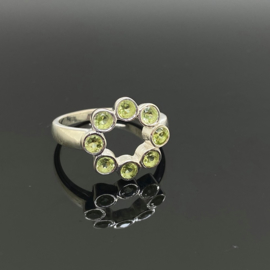 Peridoot ring 18,75 mm/59, 925 zilver